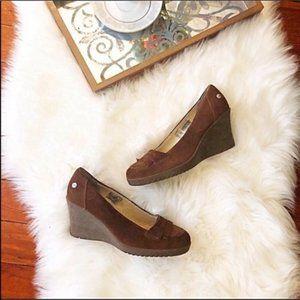 Nwob Ugg brown suede wedge heeled loafers 8